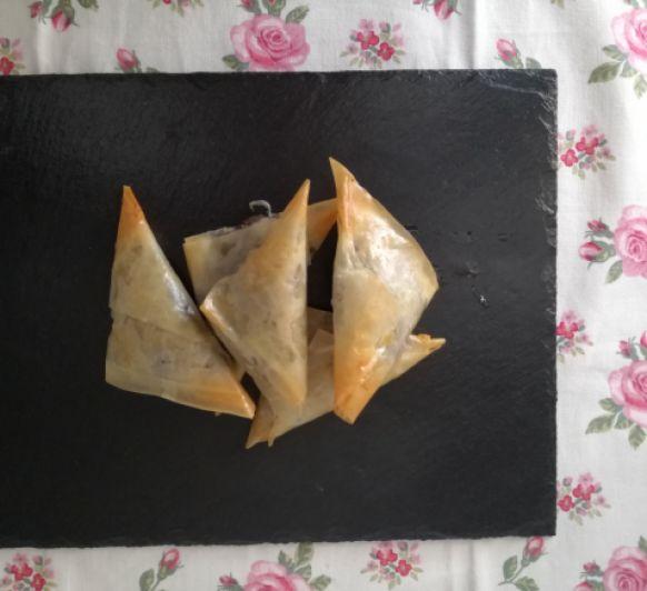 Samosas de morcilla de berenjena hechas en Thermomix®