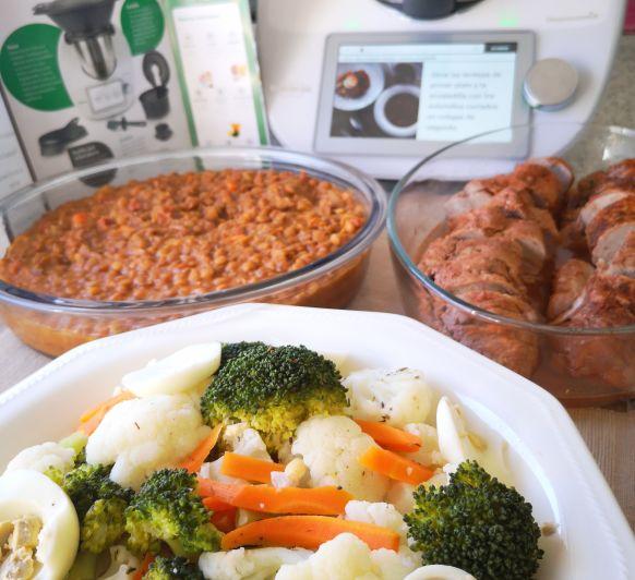 Menú completo: lentejas, solomillo y ensalada de verduras