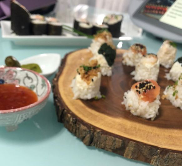 Makis y bombones de sushi