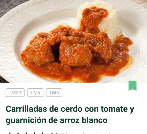 CARRILLERAS DE CERDO CON TOMATE Y GUARNICIÓN DE ARROZ BLANCO