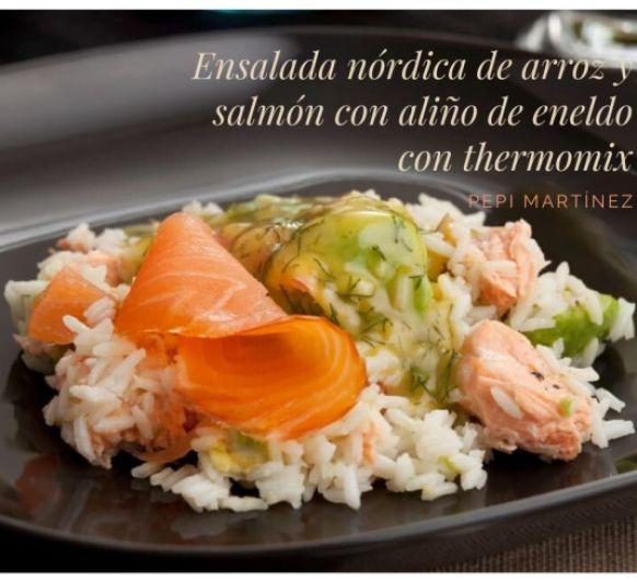 Ensalada nórdica de arroz y salmón con aliño de eneldo Con THermomix