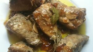 Atún marinado en la Thermomix® con tomate y albahaca en hojaldre